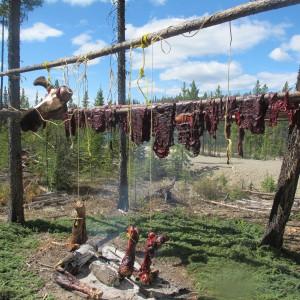 山口写真ヘラジカ肉のローストと干し肉